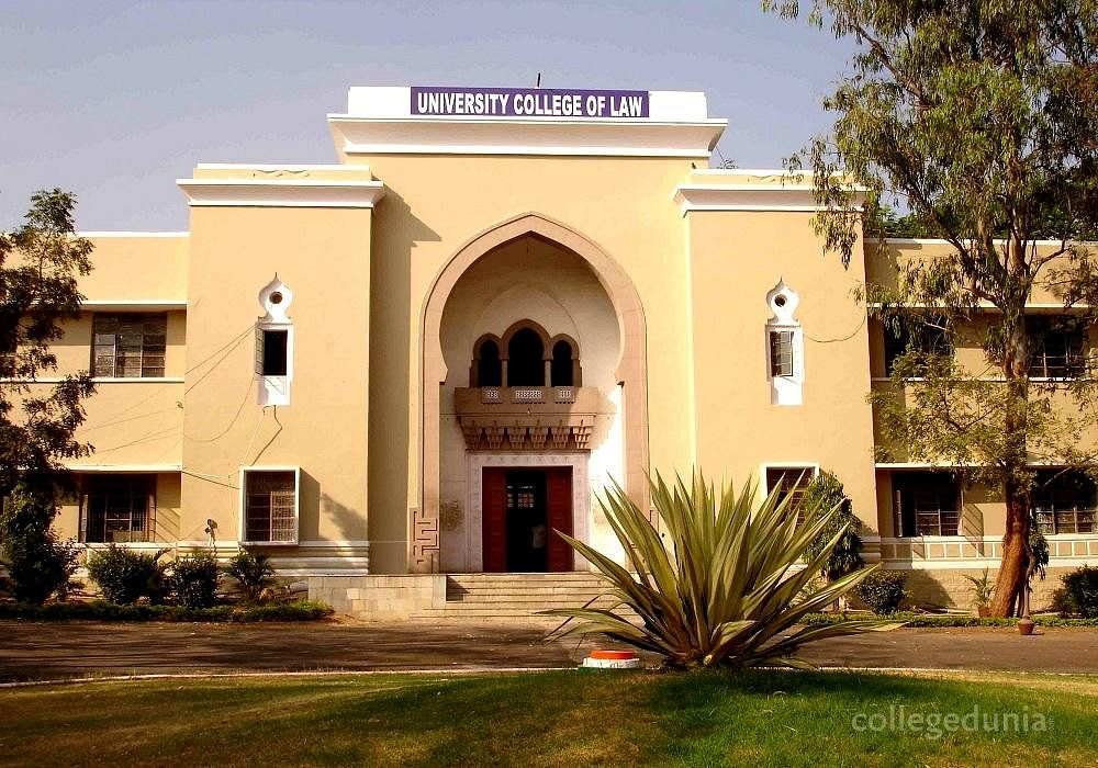 Top 10 Best Law Colleges In Telangana With Fees & Courses