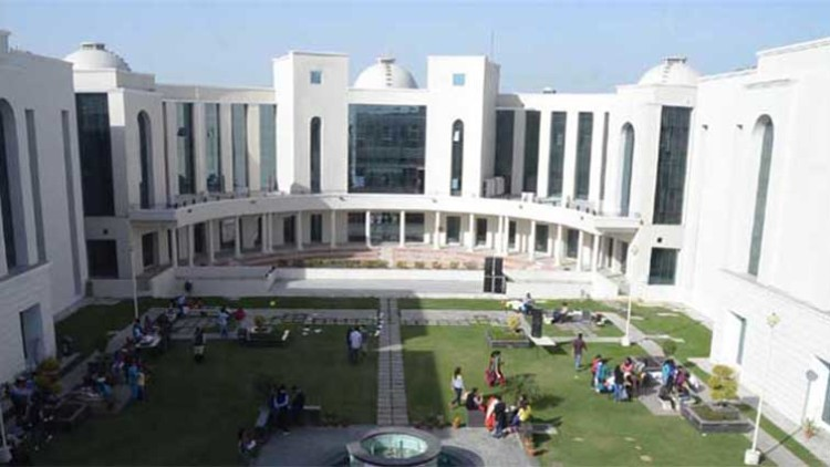 Top 10 Best Law Colleges In Punjab With Fees & Courses